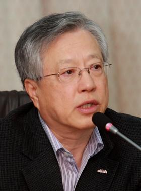 """이석채 KT 회장 """"글로벌 경쟁 혁신ㆍ스피드 필요"""""""