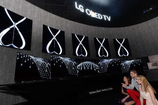 suhd lg oled tv. Black Bedroom Furniture Sets. Home Design Ideas