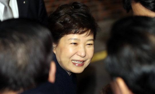 """바른정당 """"박 前대통령, 분열·갈등 여지 남겨 유감"""""""