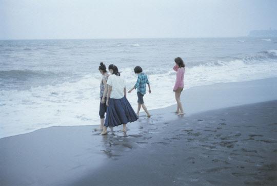 바닷마을 가마쿠라의 세 자매 이야기