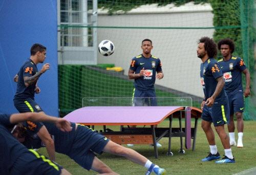 [월드컵] 혼돈의 F조…느긋한 E조 1위 브라질