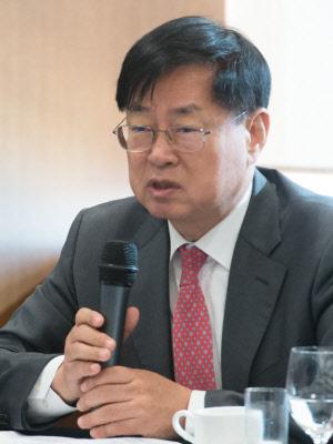 """""""위기에 무감각… 한국경제 만성위기증후군"""""""