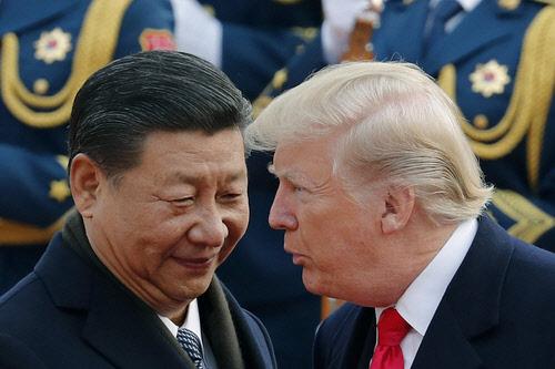 트럼프, APEC서 중국과 충돌 후 뿔났다…시진핑 옥죄기 강화