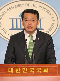 `유치원 3법` 연내 처리 불투명… 민주당 `패스트트랙` 고삐 죈다