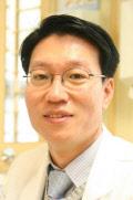 이대서울병원 초대원장 편욱범 교수