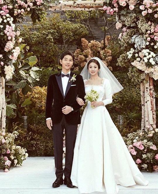 """송혜교 중국이혼설 근거는? """"결혼반지 안 꼈으니까"""" 황당"""