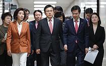 한국당, 세월호 막말 사과에도 진화 역부족