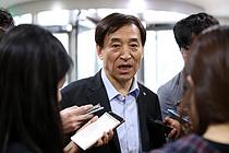 """""""미·중 무역전쟁 불확실성, 리디노미네이션 계획 없다"""""""