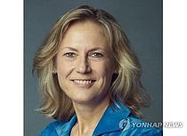 워너브러더스 첫 여성 CEO, BBC 출신 앤 사노프 선임