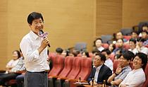 """이동훈 삼성디스플레이 대표 """"우리는 전진 중""""…임직원과 열린 소통"""