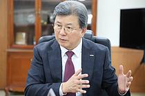 """""""광물자원 확보 `총성없는 전쟁`… 소·부·장 국산화 역량 쏟을 것"""""""