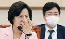"""""""윤석열 더 지켜보기 어렵다면 결단할 것""""… 추미애 경고"""