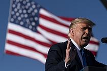 """트럼프 대통령 """"파우치는 `재앙`…대선 승리 느낌 좋다"""""""