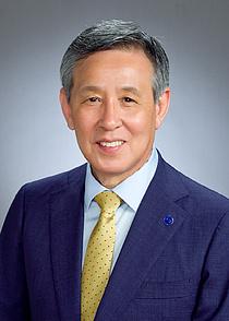 오한남 배구협회장, 연임 성공…임기는 2024년 1월까지